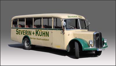 Oldtimerbus Saurer 2 CR 1 D (Alpenwagen II)